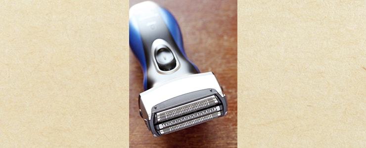 髭剃りに利用される電気シェーバー