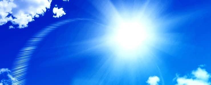 日焼けしそうな太陽の光